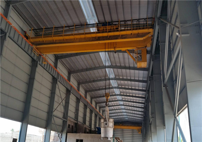 Sell  foundry overhead crane from China